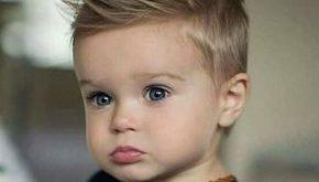 Imitat-Falke-Haarschnitt zu Gunsten von kleine Jungen